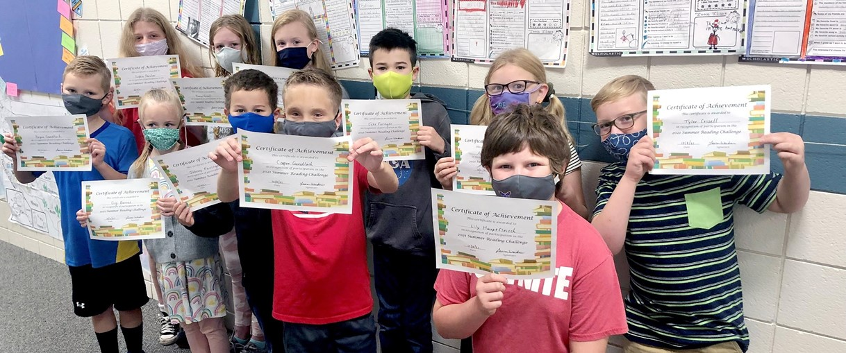 Students with certificates (10/2022)